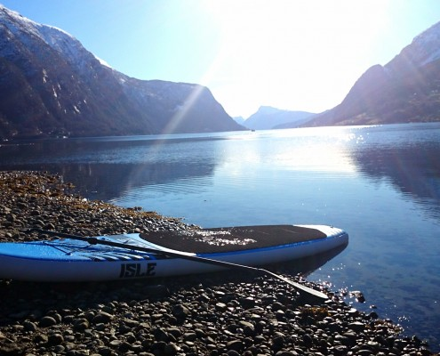 Stand Up Paddle (SUP) Sognefjord, Skjolden -Adventure Tours Norway